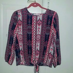 Other - Patterned Top SIZE XL KIDS/S WOMEN'S (HP)
